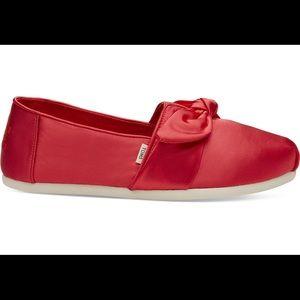 Toms Satin Lava Shoes. Women's Size 8.